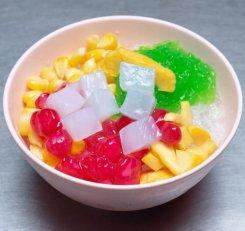 นิอ่าง-น้ำแข็งไส-ไอศครีม-สาขาตลาดพลู---04
